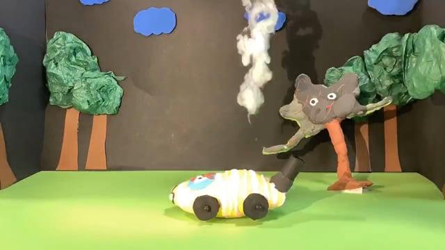 Bilen og træet